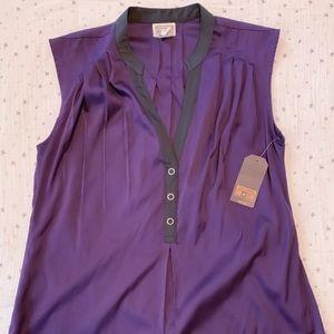Sleeveless 1/4 button soft shirt